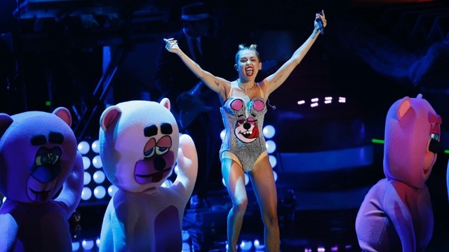 Miley Cyrus at the 2013 VMAs